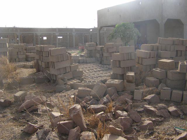 Vue du chantier de l'école de l'association Objectif Mali