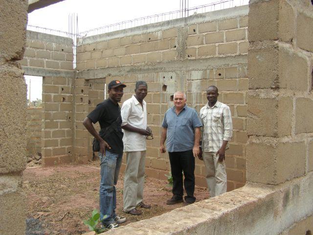 Réunion de chantier de l'école de l'association humanitaire Objectif Mali